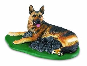 Safari Ltd Best in Show German Shepherd with Puppies by Safari Ltd