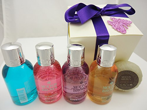 molton-brown-luxury-large-treats-purple-gift-set-with-honeysuckle-and-white-tea