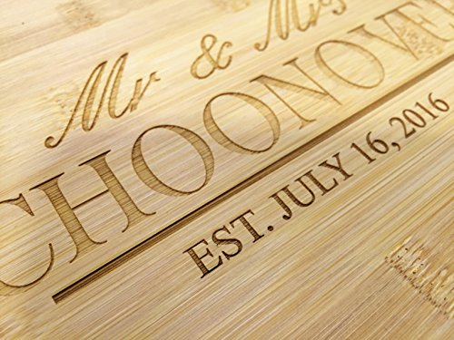Newlywed Couple's Gift Bamboo Cutting Board, Engraved Cutting Board Wedding Gift - JS03