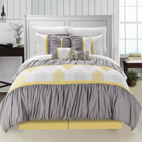 Suite 109 Bedding front-1013775