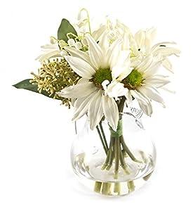 Peony 6740 arrangement floral artificiel avec marguerites skimmia et muguet dans une cruche en for Arrangement floral artificiel