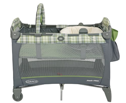 Graco Pack N Play Playard With Reversible Napper And