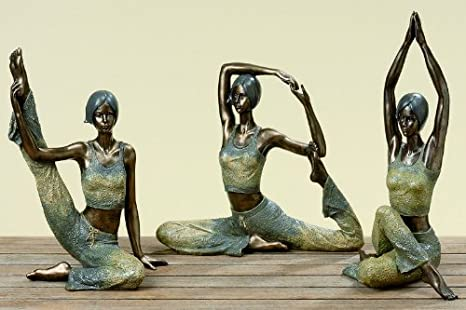 deko figur 39 yoga 39 im spagat 31 cm k che amp haushalt. Black Bedroom Furniture Sets. Home Design Ideas