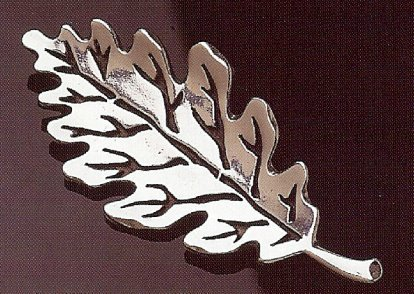 Norwegian Eik Hoyde Oak Leaf Pewter Pin Brooch