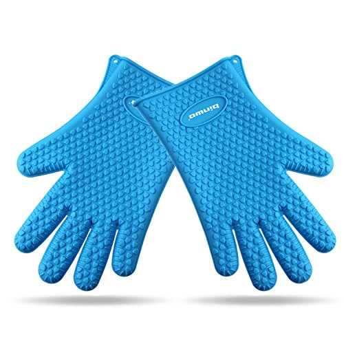 Binwo Silicone Grilling Gloves - Best Heat Resistant Cooking Kitchen Pot Holders and Oven Mitts - Protective Baking Gloves - Barbecue Without Burning Your Hands-Blue