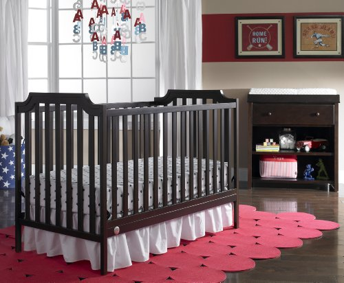 Fisher-Price Providence 3-in-1 Convertible Crib, Espresso