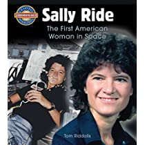 Sally Ride: The First American Woman in Space (Crabtree Groundbreaker Biographies) Paperback