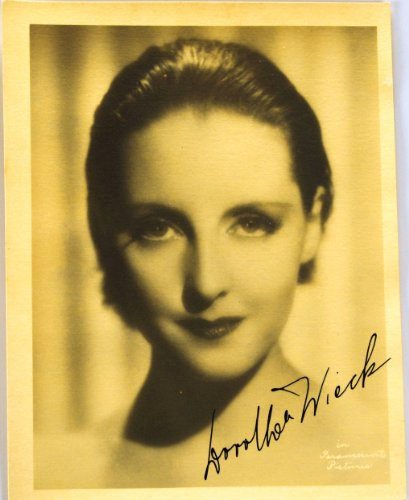 C.1920S - Dorthea Wieck Autographed 5.5X7 Vintage Paramount Photograph - Signed In Fountain Pen - Swiss Born Actress - Valencia / Cradle Song / No Greater Love / Unholy Intruders / Elephant Fury / Anastasia / Brainwashed - Very Rare - Collectible