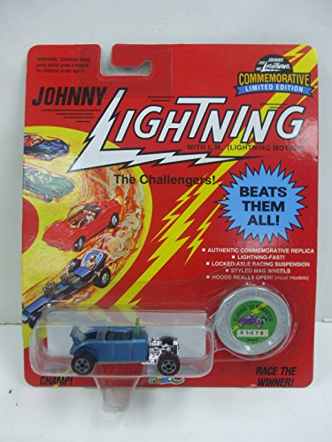 Johnny Lightning The Challengers - Classic '32 Roadster in Metallic Blue - Die Cast Vehicle
