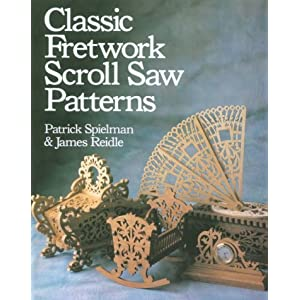 200 Victorian Fretwork Designs: Borders, Panels, Medallions and