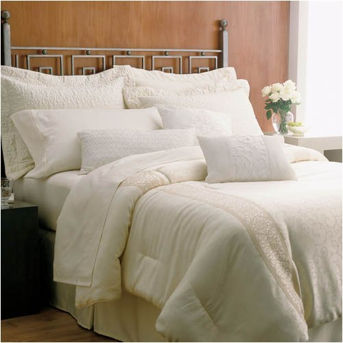 Martex Brentwood Gold Label King Size Hotel Pillow Set (2 King Pillows)