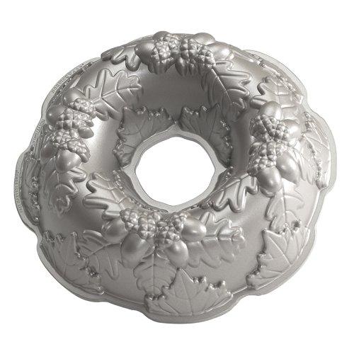 Nordic Ware Platinum Autumn Wreath Bundt Pan