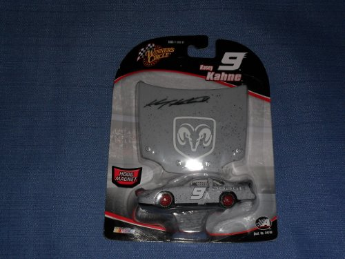 2005 NASCAR Winner's Circle . . . Kasey Kahne #9 TEST Dodge Charger 1/64 Diecast . . . Includes 1/24 Scale Hood Magnet - 1