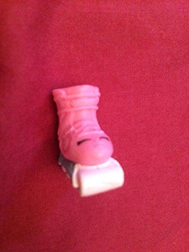 shopkins-season-5-5-014-lola-roller-blade-pink-version