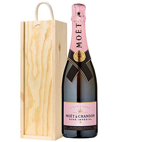 gifts2drink-moet-and-chandon-rose-champagne-in-wooden-gift-box-with-handcrafted-gifts2drink-tag-nv-7