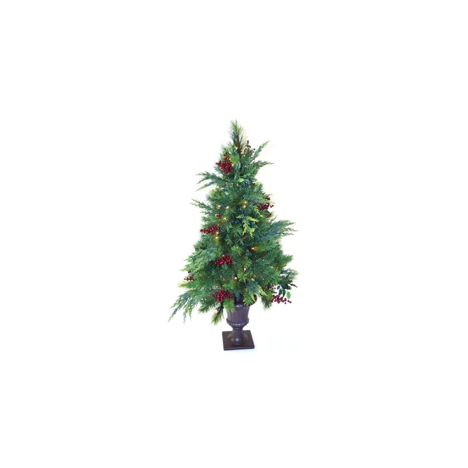 4 ft. Estate Pre lit LED Potted Tree   Battery Operated