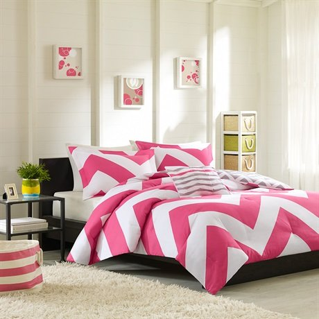 Libra Comforter Set Size: Twin / Twin Extra Long, Color: Pink