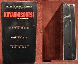 Koyaanisqatsi [VHS]
