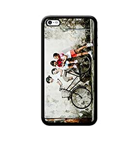 Ebby Back Cover for Apple iPhone 4/4S