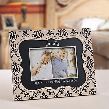 Best Price Retro Style Family Together Floral Pattern Picture Frame