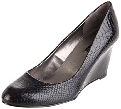 Amazon.com: Bandolino Women's Transpose Wedge Pump: Shoes