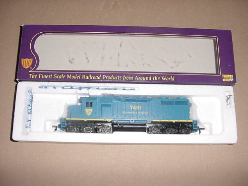 WALTHERS, IHC, HO SCALE, DIESEL, POWERED LOCOMOTIVE, EMD, SD-35 PREMIER, DELAWARE & HUDSON, #7401