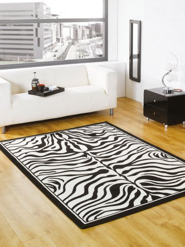 Very Large Modern Black White Rug 160 x 220 cm (5'4