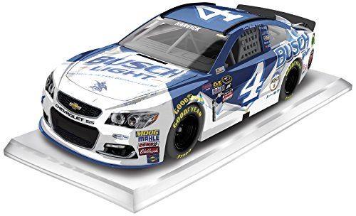 lionel-racing-kevin-harvick-4-busch-light-2016-chevrolet-ss-nascar-diecast-car-164-scale