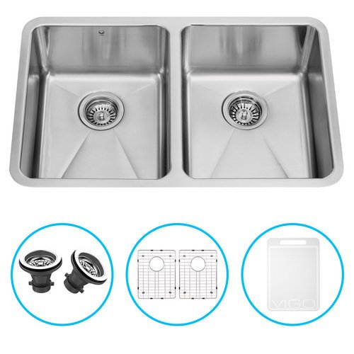 VIGO 29 inch Undermount 50/50 Double Bowl 16 Gauge Stainless Steel Kitchen Sink with Two Grids and Two Strainers (Vigo Stainless Steel Sink compare prices)