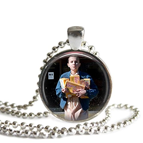 stranger-things-eleven-eggo-waffles-25-mm-silver-plated-picture-pendant-necklace
