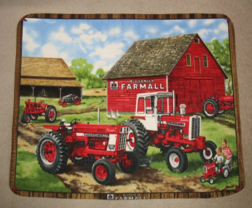 Farmall Tractor International Harvester Fleece Throw Blanket front-372789