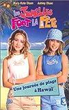 echange, troc Olsen Twins : Les Jumelles font la fête, une journée de plage à Hawaï [VHS]