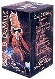 echange, troc Coffret Cecil B. De Mille 3 VHS : Les 10 commandements / Sous le plus grand chapiteau du monde / Samson et Dalila