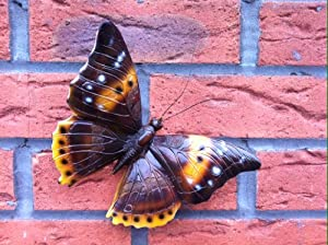 Garden Ornament BROWN BUTTERFLY Wildlife HANG ON WALL Resin Complete with FIXINGS from e.lab.shop