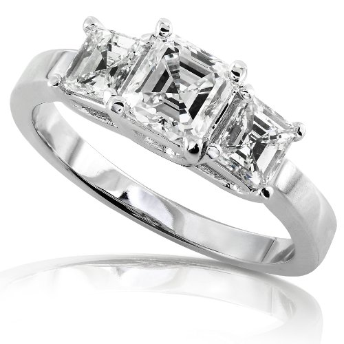1ctw Asscher Cut Diamond Engagement Ring in 14Kt