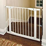 Munchkin-Auto-Close-Metal-Gate-White