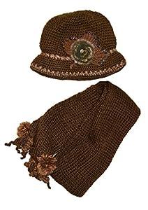 Luxury Ladies Hand knit scarf hat set with Fuax fur detail Brown