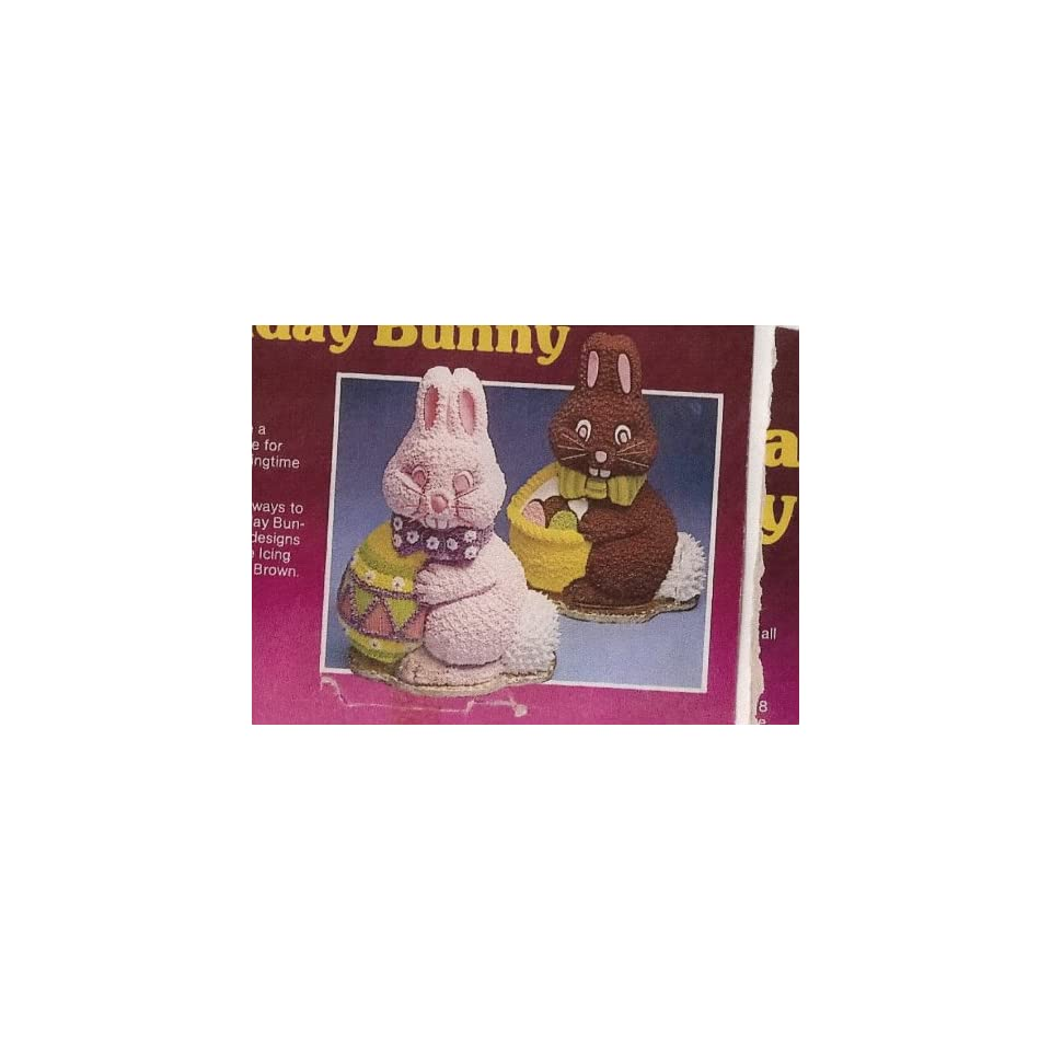 Wilton Cake Pan 3D Holiday Bunny (502 3452, 1984) on PopScreen