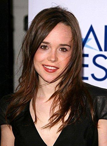 24x33 inch Ellen Page Silk Poster 3GSB-656 by FranksMod [並行輸入品]