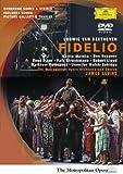 Beethoven - Fidelio / Levine, Mattila, Heppner, Pape, Lloyd, Polenzani, Metropolitan Opera