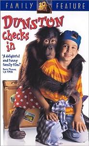 Dunston Checks in [VHS]