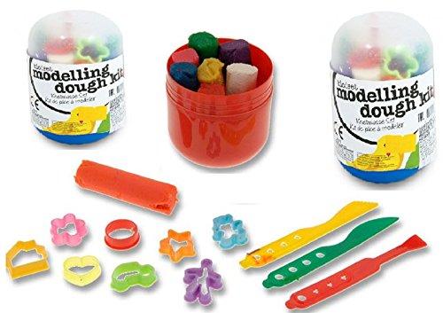 kit-de-pate-double-tout-ce-dont-vous-avez-besoin-inclut-la-pate-a-modeler-les-formes-et-les-couteaux