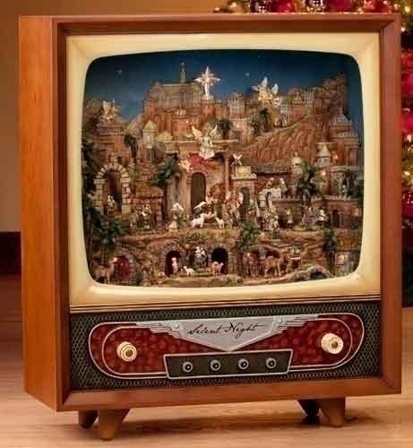 33 Lighted Lifesize Musical & Animated Retro Christmas Nativity Television