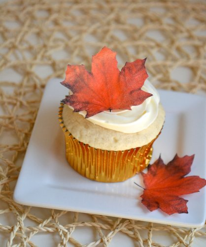 Edible Fall Maple Leaves - Set Of 12 - Cake Decorations, Cupcake Topper front-2472