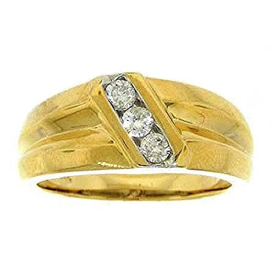 0.32 Carat (ctw) 14K Yellow Gold Round White Diamond Men's Fashion Wedding Band 1/3 CT