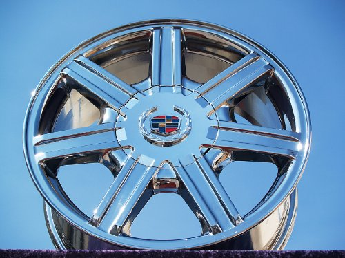 Cadillac SRX: Set of 4 genuine factory 17inch
