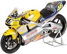 Minichamps - Maqueta de motocicleta escala 1:12 (122016176)