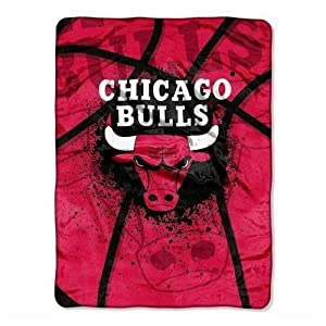 Chicago Bulls Oversize Plush Blanket by Northwest