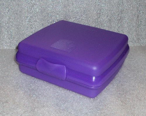 Tupperware Sippy Cups front-1076419