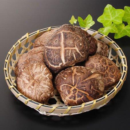 最高級大分産 原木栽培 特選干し椎茸(乾しいたけ) 上どんこ(じょうどんこ) 直径6cm前後 120g 化粧箱入り
